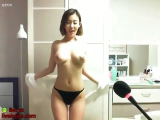 busty korean camgirl shows her incredible big tits